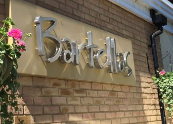 Bartellas Restaurant Sign