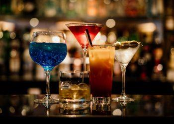 Cocktails at Bartellas