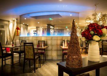 Bartellas Restaurant at Christmas